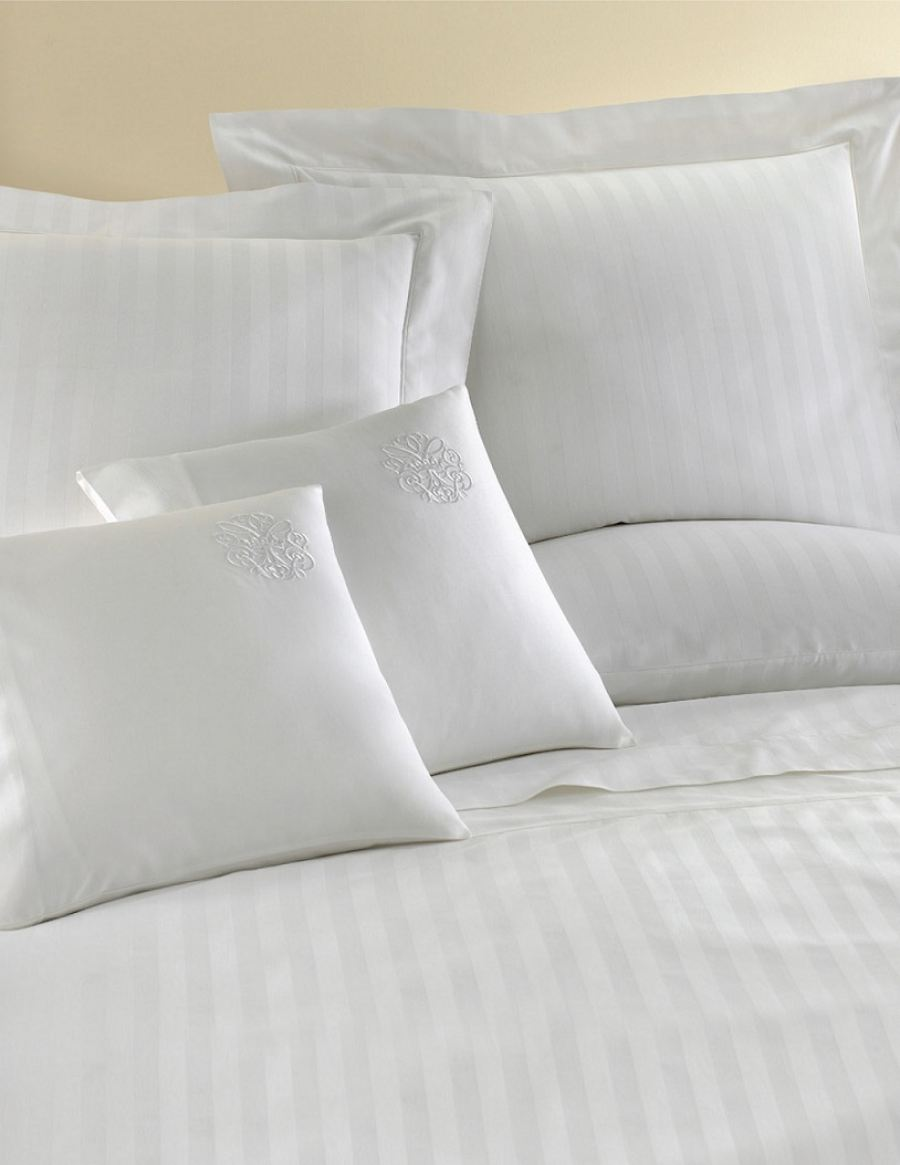Vencasa Partners with Reed Family Linen