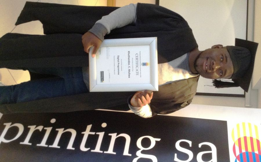 Khuthandzo Carrington Muliwa with certificate in 2017